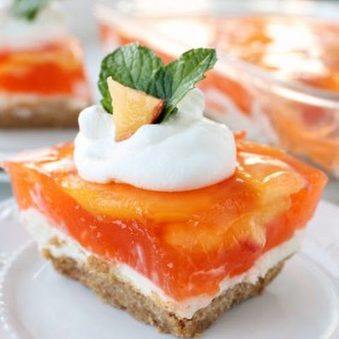 No-bake Fresh Peach Cheesecake Dessert