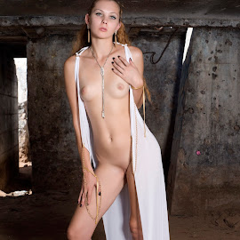 In the dungeon by Kens Yeaglin - Nudes & Boudoir Artistic Nude ( nude, zoevandolf, ruins, mine, sasco )