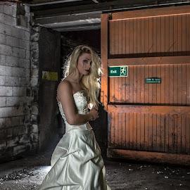 Ready by Lee Niven - Wedding Other ( model, wedding dress, kate, beach, cute, blonde, bridal, leeniven, woman, dress, wedding, dark, bride )