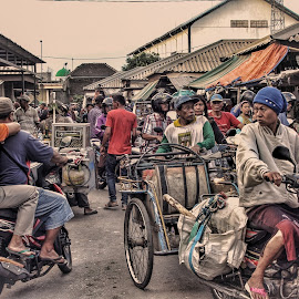 traditional market by Febry Ok - People Street & Candids