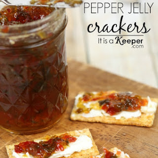 Jalapeno Pepper Jelly Crackers