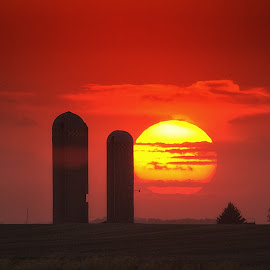 sundown by Chad Heggen - Landscapes Sunsets & Sunrises ( clouds, farm, farmer, sunset, bins, rural, sun, abandoned, country )