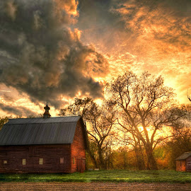 Days End by DE Grabenstein - Landscapes Sunsets & Sunrises ( barns, nebraska, rural )