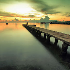 Sunset dari Seberang by Jimmy Papia - Landscapes Sunsets & Sunrises ( beaches, sunset, bridge, landscape, dock )