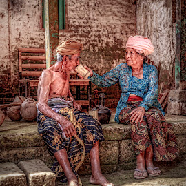 Till the end of the road by Ade Irgha - People Couples ( sweet, old couples, pondok jaka, airimagebali, sangeh )
