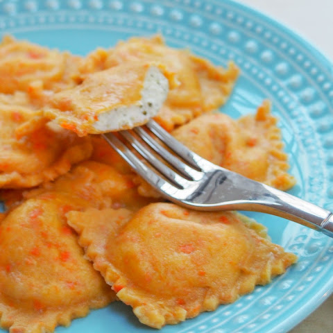 Carrot ravioli with broccoli-ricotta filling #SundaySupper