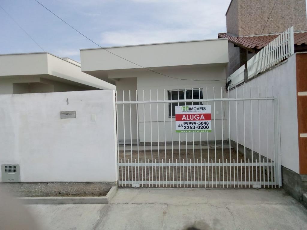 Casa com 2 dormitórios para alugar, 65 m² por R$ 1.150,00 mês - Centro - Tijucas/SC
