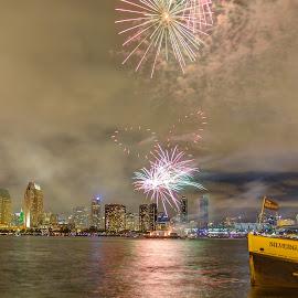 Fireworks over San Diego skyline by Vamsi Sata - City,  Street & Park  Skylines ( july4, sandiego, fireworks, coronado, ferrylanding )