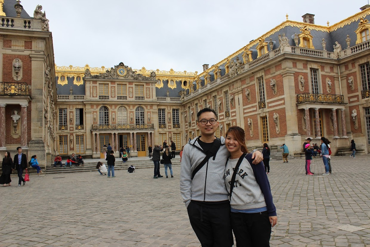 Before going in Palace Versailles