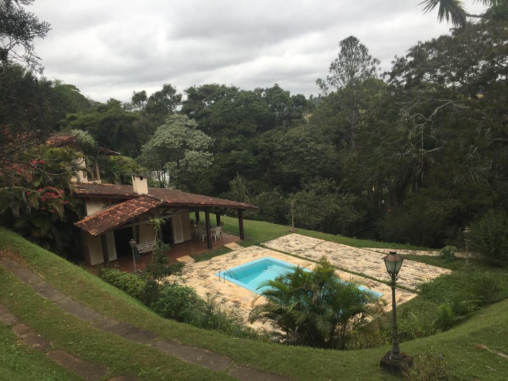 Casa com 3 dormitórios à venda, 300 m² por R$ 1.500.000 - Ressaca - Ibiúna/SP