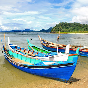 Lhok Seudu by Riza Umary - Transportation Boats