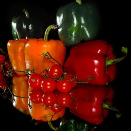 peppers with tomatoes by LADOCKi Elvira - Food & Drink Fruits & Vegetables ( vegetables )