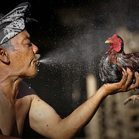 aku dan ayamku: with mario wibowo by Irwan Budiman - People Portraits of Men