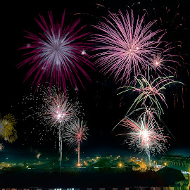 by SweeMing YOUNG - Abstract Fire & Fireworks