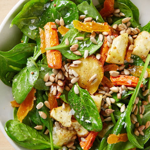 Spinach Salad with Roasted Vegetables and Apricot