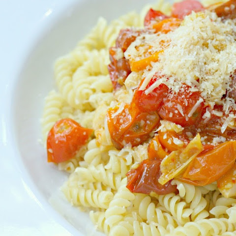 Roasted Cherry Tomato and Garlic Pasta