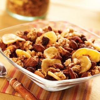 Golden Snacking Granola