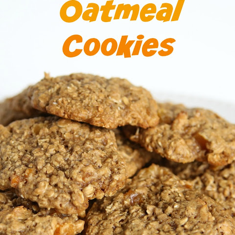 Perfect Oatmeal Cookies with Apricots