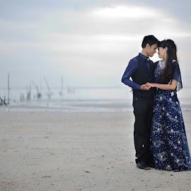 u and i by Fadhli Ghazali - Wedding Bride