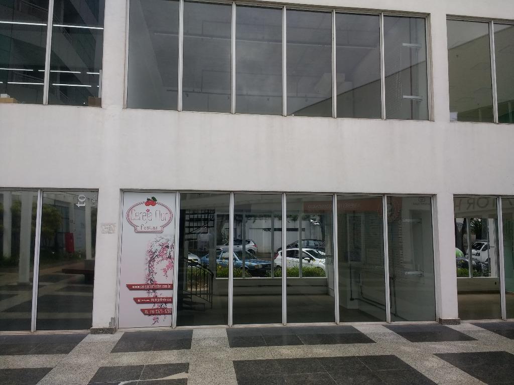 Loja no térreo no Golden Office de frente para a rua Cap. Cassiano