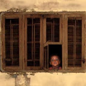 Scared boy by Elli Kraizberg - Babies & Children Children Candids (  )