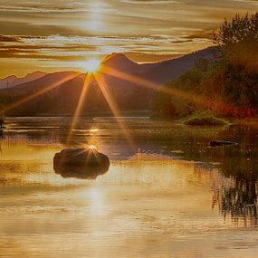 Vik river by Yvonne Reinholdtsen - Landscapes Sunsets & Sunrises ( autumn, sunset, vesterålen, river, norway,  )