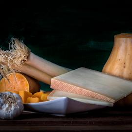 by Eduardo Latorre - Food & Drink Meats & Cheeses ( bodegón, calabaza, queso, leek, garlic, ajo, pumpkin, still life, 2015, cheese, eduardo latorre, octubre, elabil, puerro )