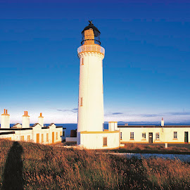 mull of galloway by Annette Flottwell - Buildings & Architecture Public & Historical ( scotland, leuchtturm, phare, lighthouse, vuurtoren, faro, mull of galloway )