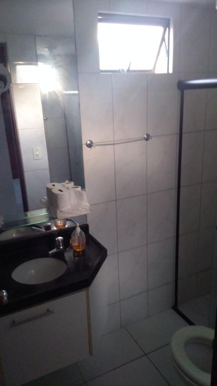Flat residencial à venda, Manaíra, João Pessoa - FL0084.