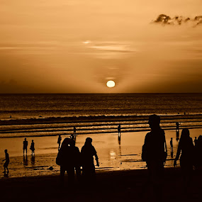 Sunset at the Sea by Jeffri Jaffar - People Family ( bali, pwcsilhouettemotion, family, indonesia, tanah lot, landscape, people )