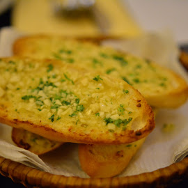 Garlic Bread by Beh Heng Long - Food & Drink Plated Food ( food )