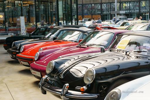 Porsche, Porsche, Porsche ...