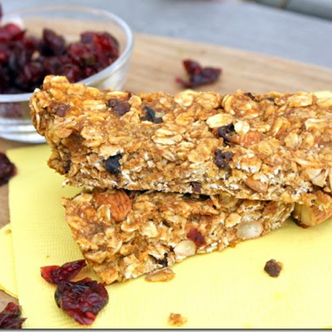 Chewy Pumpkin Spice Granola Bars makes 12 bars