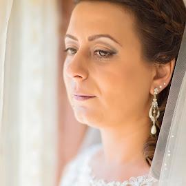Thinking by Lucian Pirvu - Wedding Bride ( dress, wedding, romanian, white, lady, white gold, bride, earring )