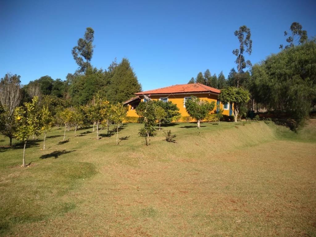Chácara com 3 dormitórios à venda, 5800 m² por R$ 950.000 , próximo ao Km 160 Rodovia Castelo Branco .
