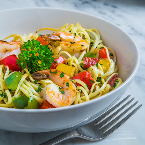 Linguine with Grilled Shrimp and Peppers