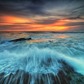 splash by Krishna Mahaputra - Landscapes Waterscapes ( water, bali, sunset, popular, waterscapes, landscape )