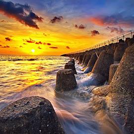 Sea Sunsets by Satrya Prabawa - Landscapes Sunsets & Sunrises