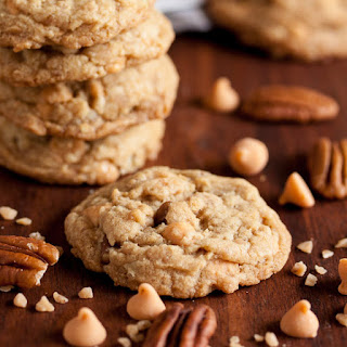 Buttery Toffee Pecan Cookies