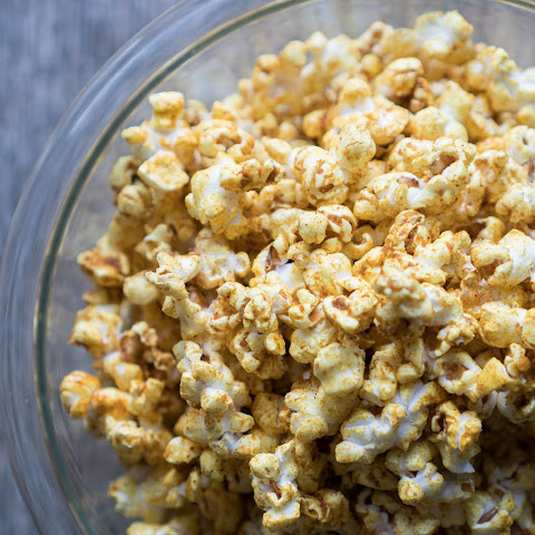 Sweet and Salty Curry Popcorn