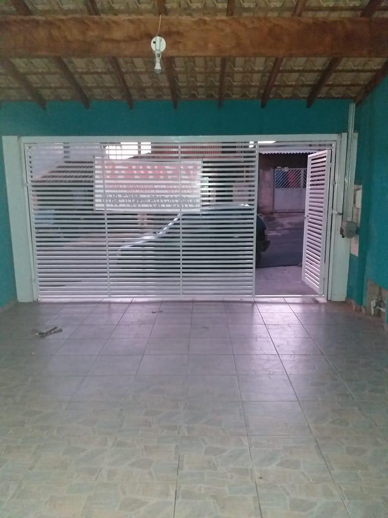 Sobrado à Venda - Ipanema Ville