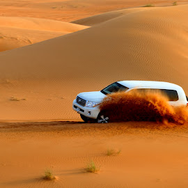 Dunes race by Tomasz Budziak - Sports & Fitness Motorsports ( dunes, sports )