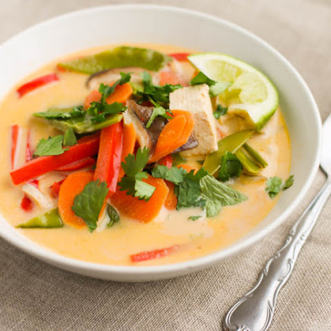 Thai Vegetable and Tofu Soup