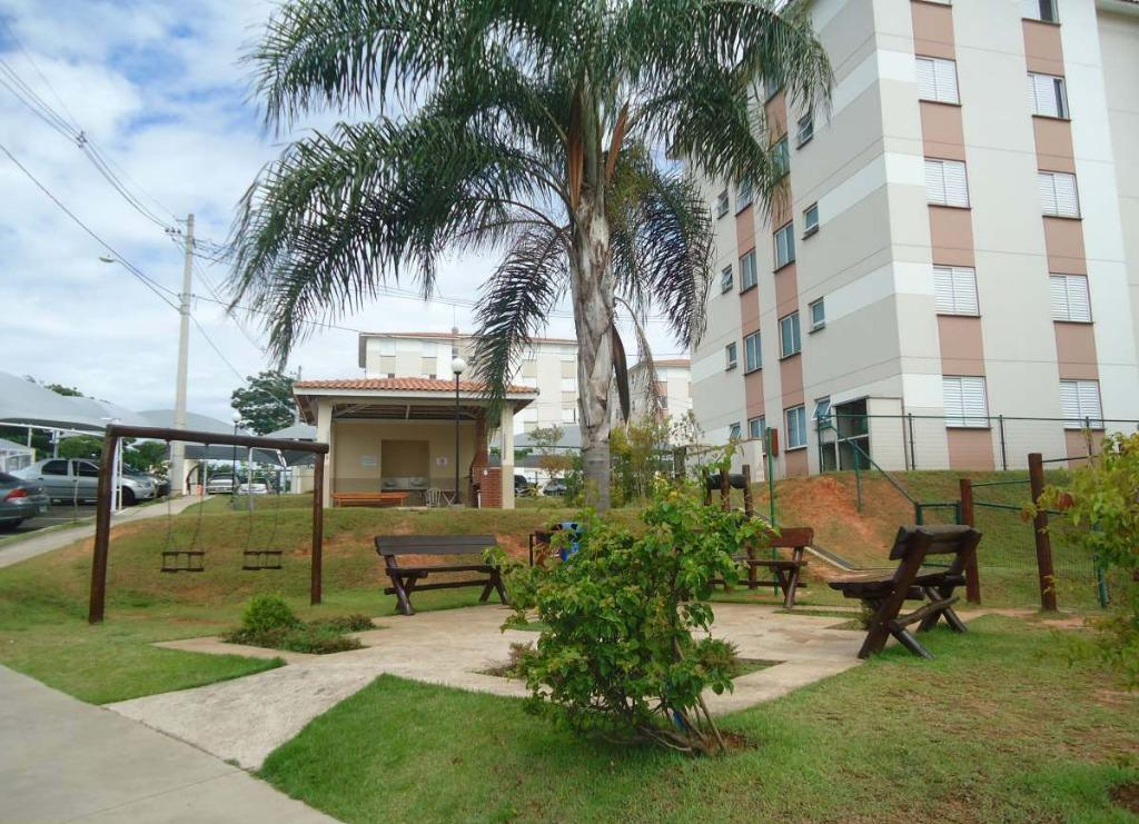 Apartamento com 2 dormitórios à venda por R$ 148.000 - Parque das Colinas - Hortolândia/SP