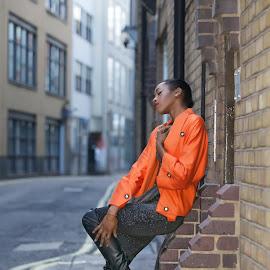 Nico Didonne Design by Monika Schaible - People Fashion ( dan harley, orange, soho, model, nico didonne design, monika schaible, live fashion 12, street fashion shoot )