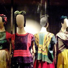 LOS VESTIDOS DE FRIDA KALHO  by Jose Mata - Artistic Objects Clothing & Accessories