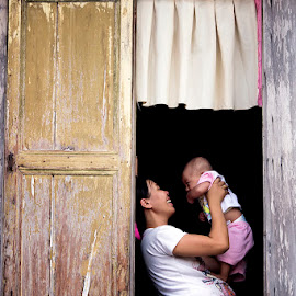 motherhood. by Sandi Nopri yanto - People Street & Candids (  )