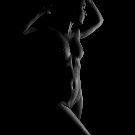 Body contours by Michaela Firešová - Nudes & Boudoir Artistic Nude ( contuors, nude, female, black and white )