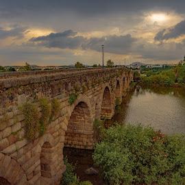puente romano, Merida, Badajoz by Roberto Gonzalo Romero - Buildings & Architecture Bridges & Suspended Structures ( puente, romano, roman, mérida, bridge, badajoz )