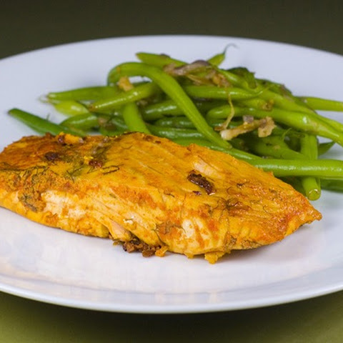 Quick and Easy Baked Salmon Filets in a Spicy-Lemon-Dill Marinade